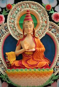 скульптуры с выставки буддистского монастыря2