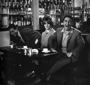 Брижит Бардо в Кафе де Флор 800 х 755