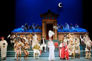 Сцена из оперетты Прекрасная Елена l'Opéra Comique de Paris. 650 х 433