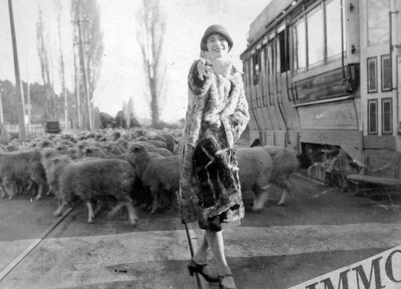 Анна Павлова  в Новой Зеландии 1926   824 х 595