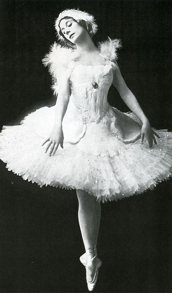 Анна павлова в образе Лебедя  600 х 1023