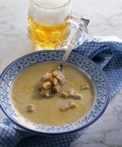 блюдо немецкой кухни_мюнхенский пивной суп