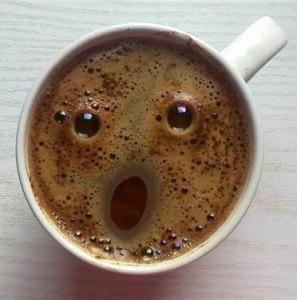чашка кофе-лицо-парейдолия