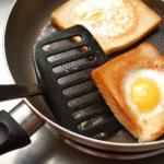 яйца в хлебе 600 х 399