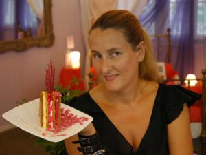 известный французский модельер и дизайнер платьевСтанисласия Кляйн