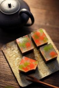 янонские десерты из желе - набор с чаем