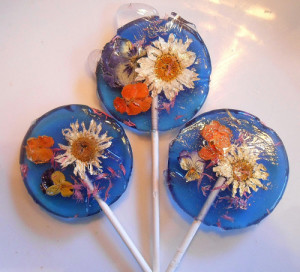 Lollipops-with-Real-Flowers-2