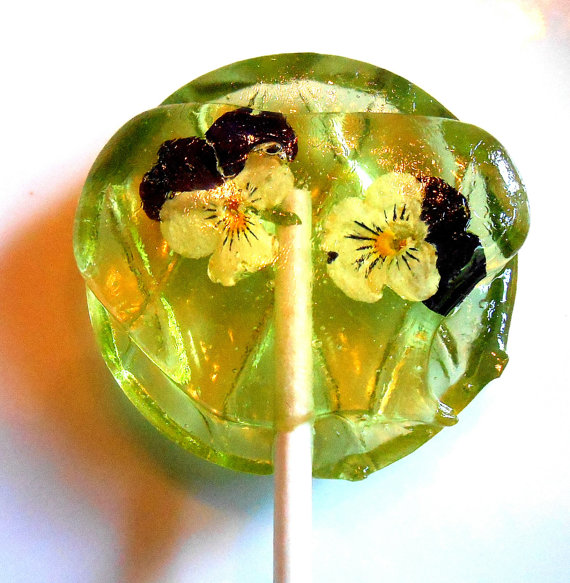 Lollipops-with-Real-Flowers