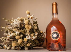 вино chateau miraval rose 700 х 515