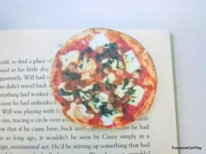 книжные закладки-пицца