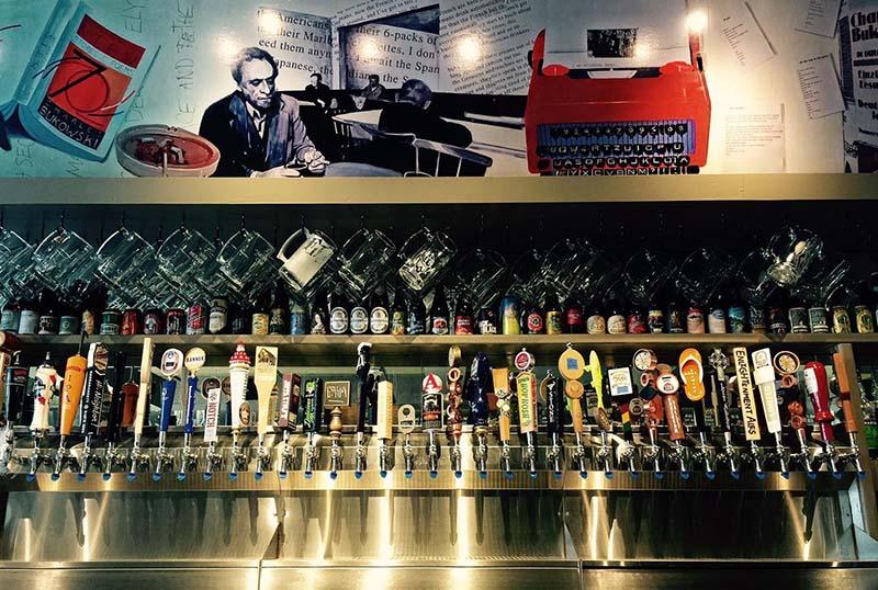 Bukowski Tavern 800 х 538