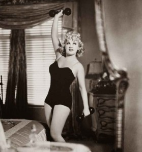 vintage-secrets-hollywood-diets-and-fitness-mae-west-372x400