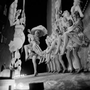 варьете Folies_Bergere