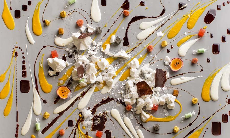 Тропический десерт в стиле Джексона Поллока 900 х 541