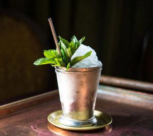 коктейль мятный джулеп