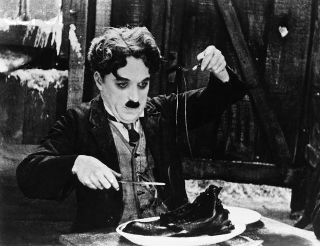 """Чарли Чаплин -сцена фильма """"Золотая лихорадка"""""""