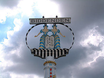 The_Biddenden_Maids-geograph