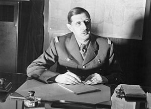 Commander_of_Free_French_Forces_General_Charles_de_Gaulle_desk_in_London